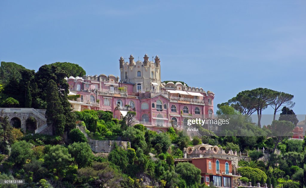 Villas on the 'Cap de Nice' headland on the hill of Mont Boron.