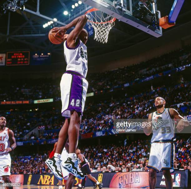 Vin Baker of the Milwaukee Bucks goes for a dunk during the game during the 1997 NBA AllStar Game played on February 9 1997 at Gund Arena in...