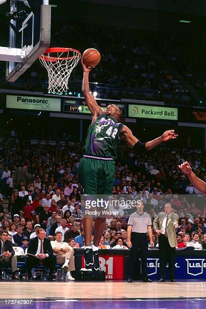 b8a430056746 Vin Baker of the Milwaukee Bucks rises for a layup against the Sacramento  Kings during a