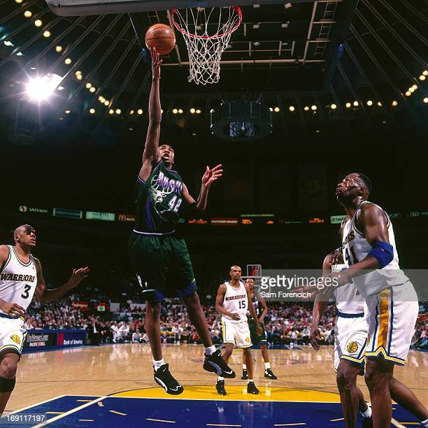 Vin Baker of the Milwaukee Bucks shoots the ball against the Golden State Warriors circa 1996 at the OaklandAlameda County Coliseum Arena in Oakland...