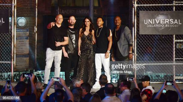 Vin Diesel Guest Jordana Brewster Ludacris and Tyrese Gibson greet fans during Fast Furious Supercharged Universal Orlando Premiere at Universal...