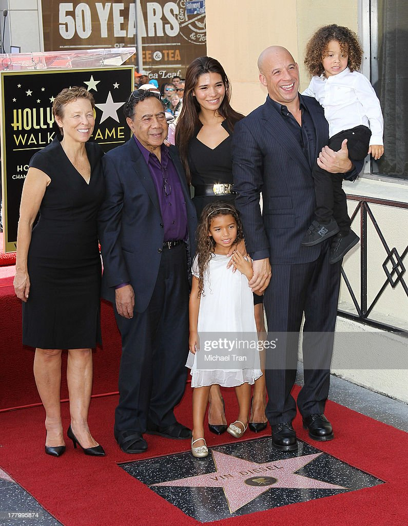 Vin Diesel with his wife, Paloma Jimenez and children ...