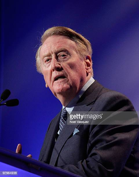 Vin Scully speaks at the HRTS Newsmaker Luncheon honoring the broadcast legend at the Beverly Wilshire Hotel on November 10, 2009 in Beverly Hills,...