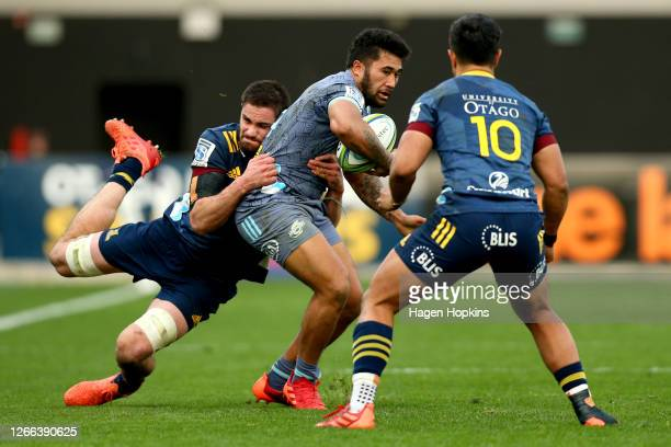 Vince Aso of the Hurricanes charges forward during the round 10 Super Rugby Aotearoa match between the Highlanders and the Hurricanes at Forsyth Barr...