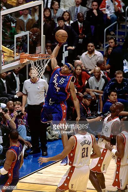 Vince Carter of the Eastern Conference AllStars dunks against the Western Conference AllStars during the 2004 AllStar Game on February 15 2004 at...