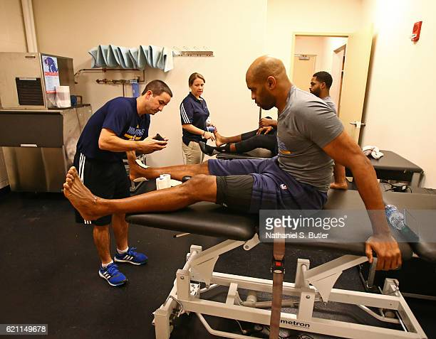 Vince Carter of the Memphis Grizzlies gets taped up before the game against the New York Knicks on October 29 2016 at Madison Square Garden in New...