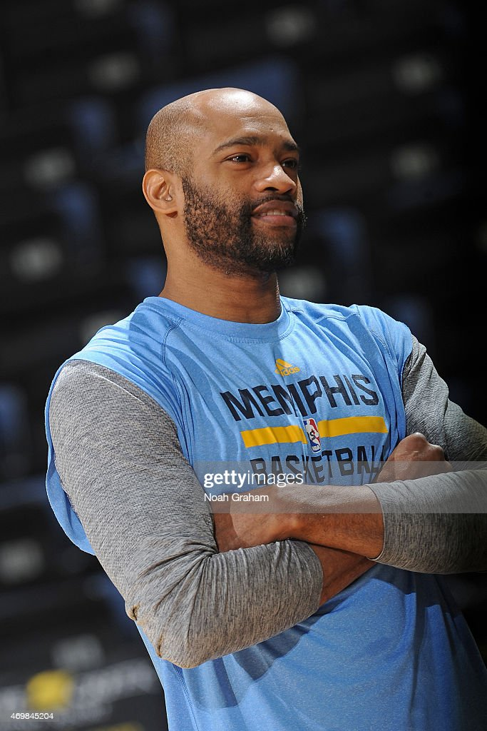 Vince Carter #15 of the Memphis Grizzlies stands on the court before a game against the Golden State Warriors on April 13, 2015 at Oracle Arena in Oakland, California.