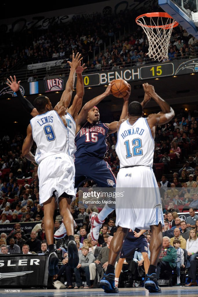 reputable site 83876 6e024 Vince Carter of the New Jersey Nets shoots against the ...
