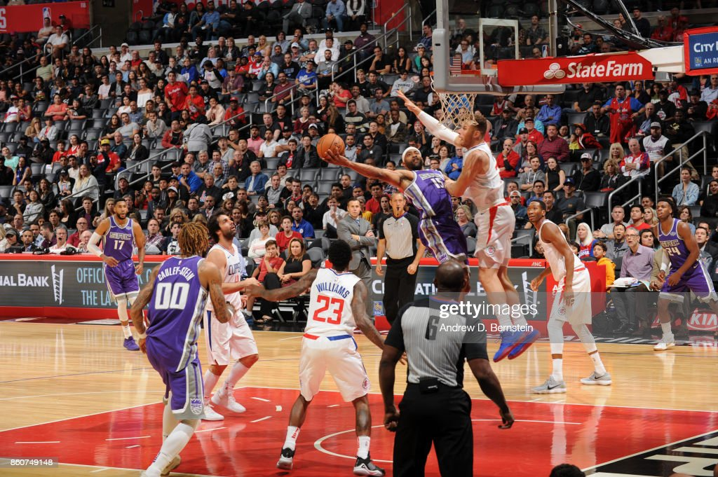 Vince Carter #15 of the Sacramento Kings goes to the basket against the LA Clippers on October 12, 2017 at STAPLES Center in Los Angeles, California.