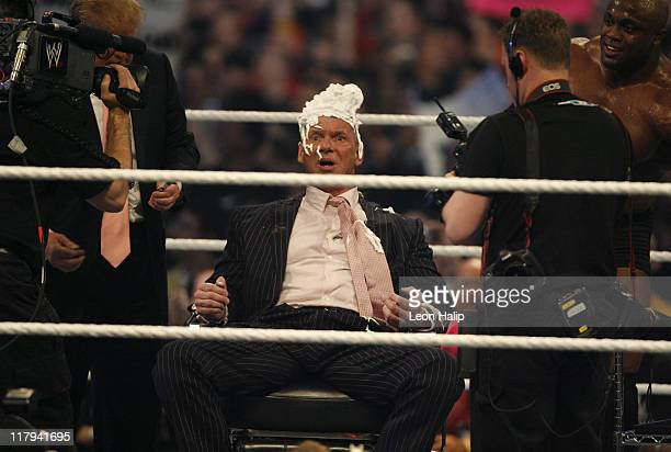 Vince McMahon Gets His Head Shaved By Stone Cold Steve Austin After As Donald Trump Looks