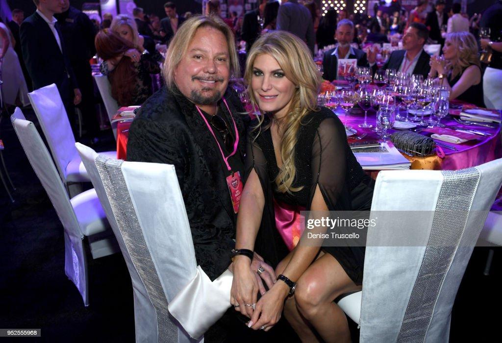 22nd Annual Keep Memory Alive Power of Love Gala - Inside : News Photo