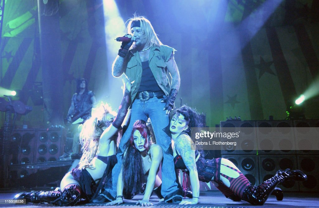 Motley Crue Live At Madison Square Garden, March 3, 2005 Photos and ...