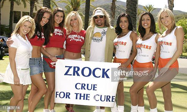 Vince Neil with Cabo Wabo Girls, Hawaiian Tropic Girls, and Hooters Girls