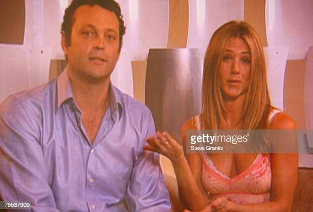 Vince Vaughn and Jennifer Aniston via monitor winners Choice Movie Chemistry for 'The BreakUp' at the Gibson Amphitheater in Universal City California