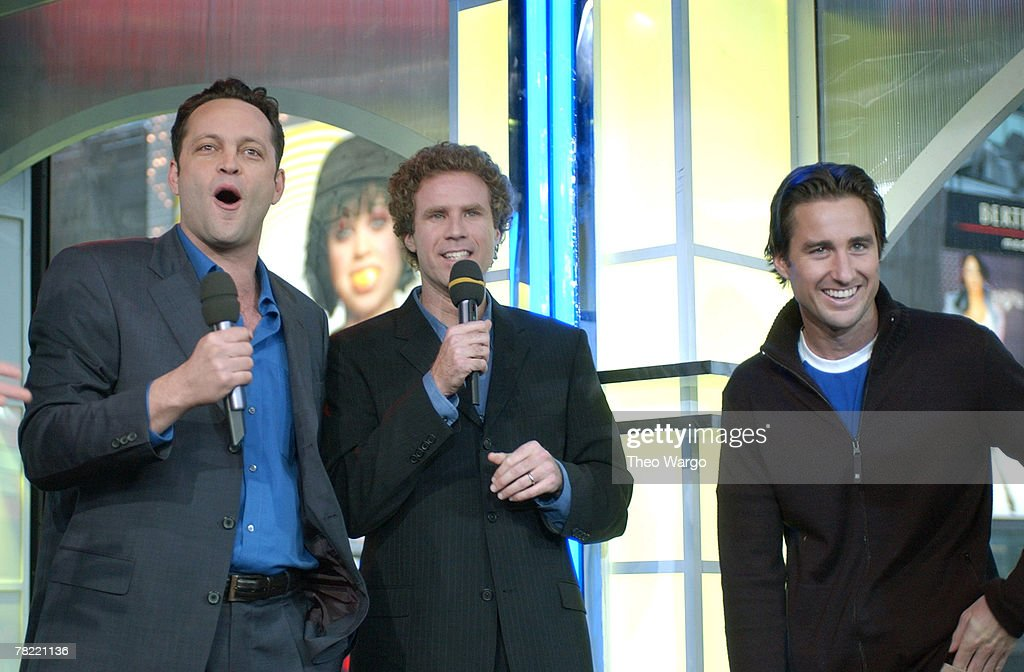 """GRAMMY Weekend Special on MTV's """"TRL"""" - February 21, 2003 : News Photo"""