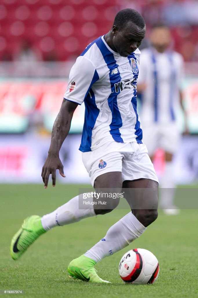 Vincent Aboubakar of Porto kicks the ball during the friendly match between Chivas and Porto at Chivas Stadium on July 19, 2017 in Zapopan, Mexico.
