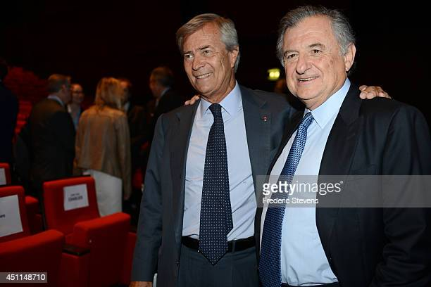 Vincent Bollore the current vicechairman of Vivendi and largest shareholder and Vivendi's outgoing Chairman JeanRene Fourtou attend the company's...