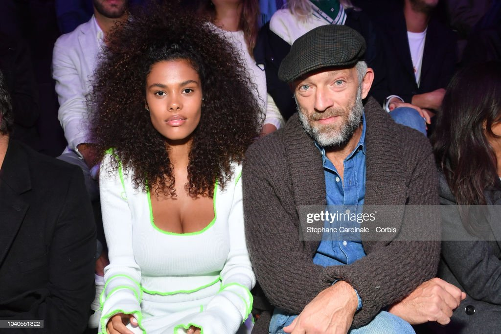 ETAM : Front Row - Paris Fashion Week Womenswear Spring/Summer 2019