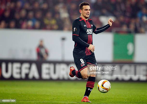 Vincent Janssen of Alkmaar in action during the UEFA Europa League group L football match between FC Ausburg and AZ Alkmaar at WWK Arena on November...
