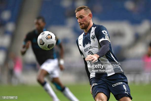 Vincent Janssen of Monterrey chases the ball during a second leg match between Monterrey and Atletico Pantoja as part of Round of Sixteen of Concacaf...