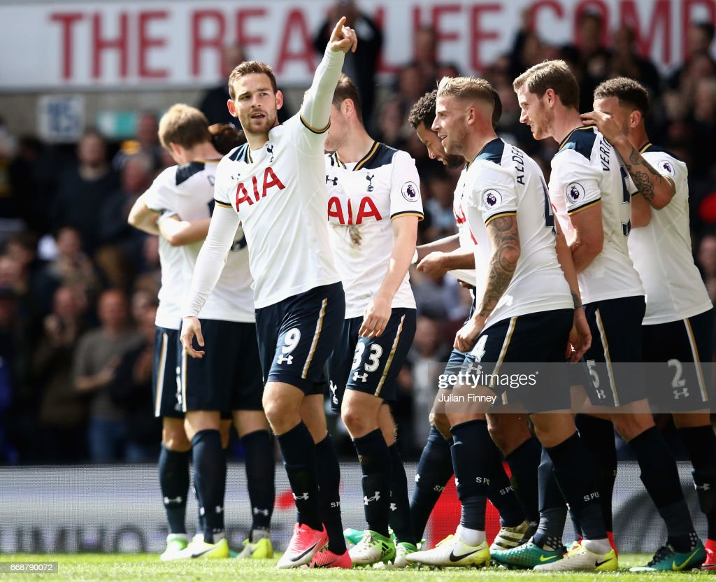 Vincent Janssen of Totteham Hotspur celebrates scoring his sides fourth goal with his Tottenham Hotspur team mates during the Premier League match between Tottenham Hotspur and AFC Bournemouth at White Hart Lane on April 15, 2017 in London, England.