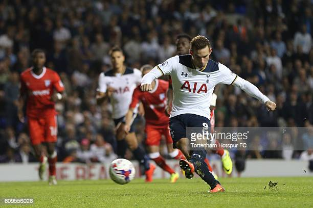 Vincent Janssen of Tottenham Hotspur scores his sides third goal from the penalty spot during the EFL Cup Third Round match between Tottenham Hotspur...