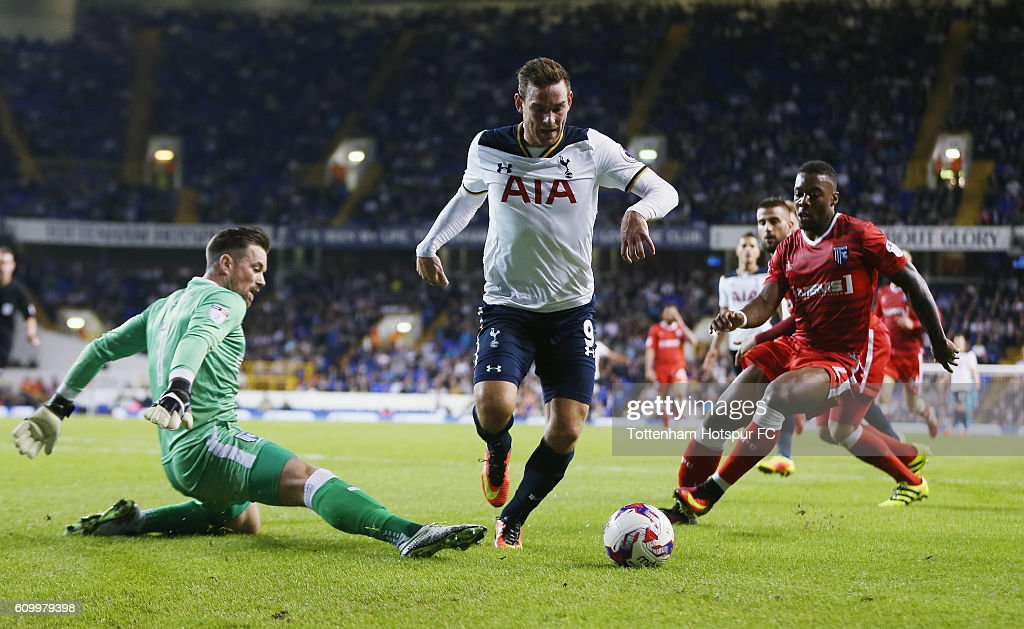 Tottenham Hotspur v Gillingham - EFL Cup Third Round : News Photo