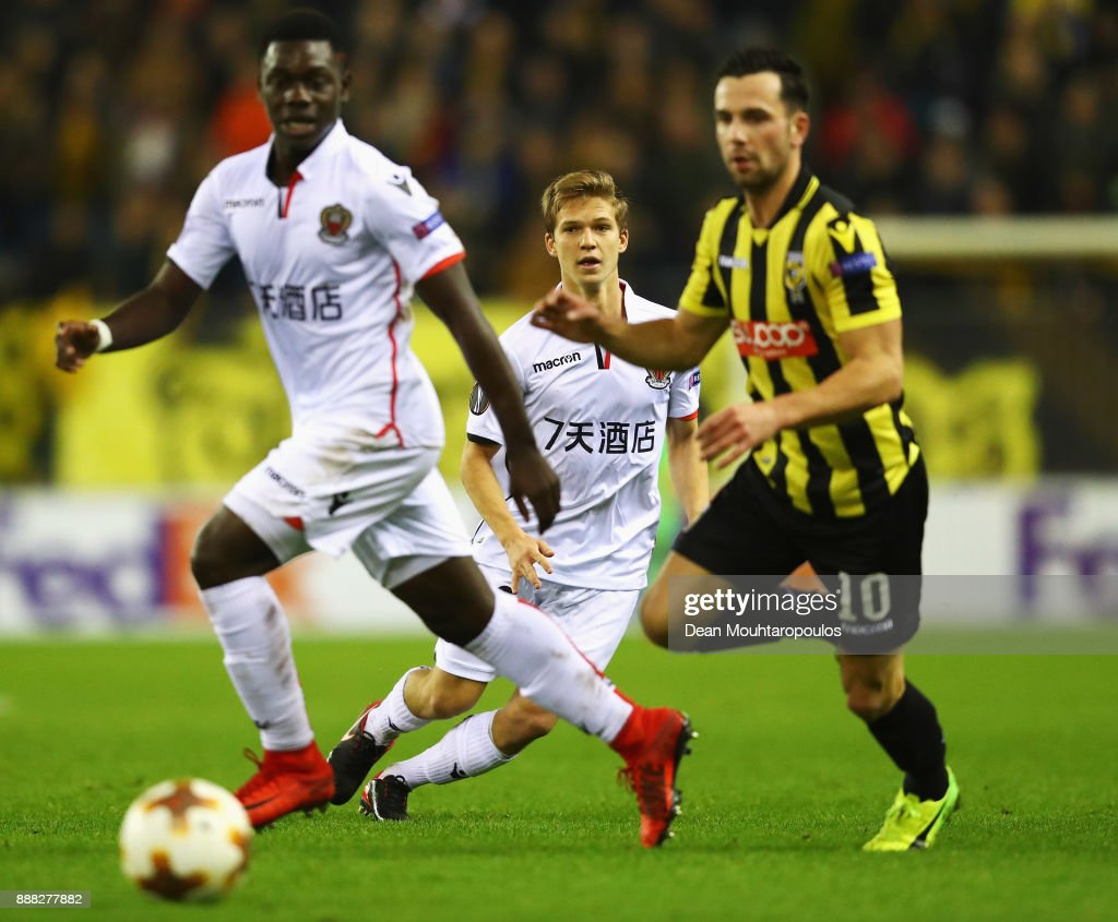 Vincent Koziello (C) of OGC Nice in action during the UEFA Europa League group K match between Vitesse and OGC Nice at on December 7, 2017 in Arnhem, Netherlands.
