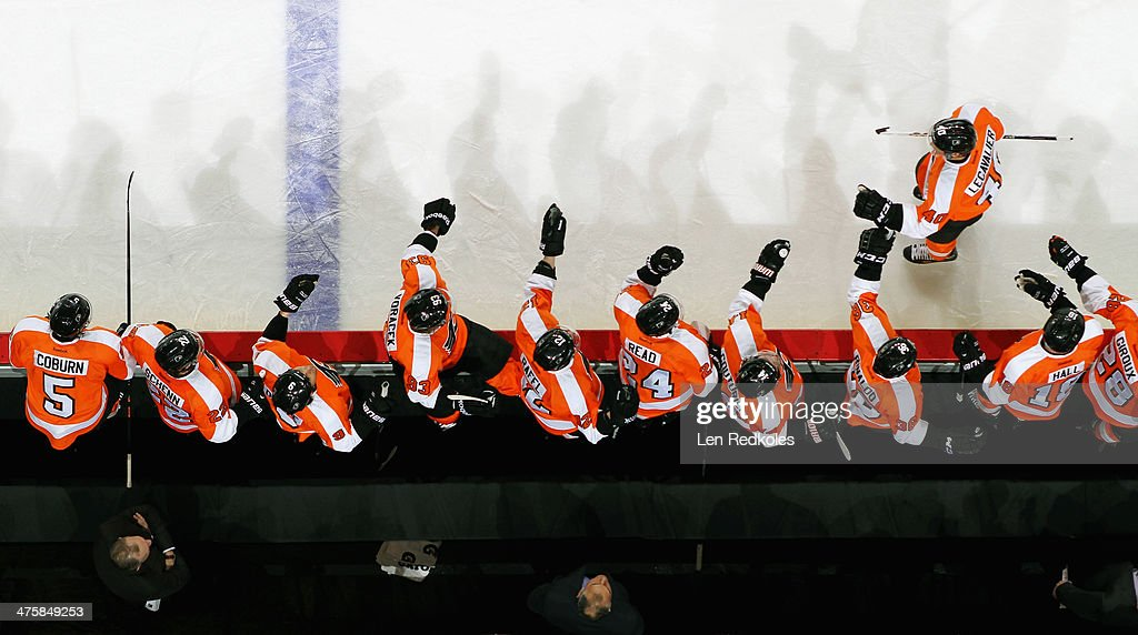New york rangers v philadelphia flyers photos and images getty vincent lecavalier 40 of the philadelphia flyers celebrates his first period goal against the new voltagebd Gallery