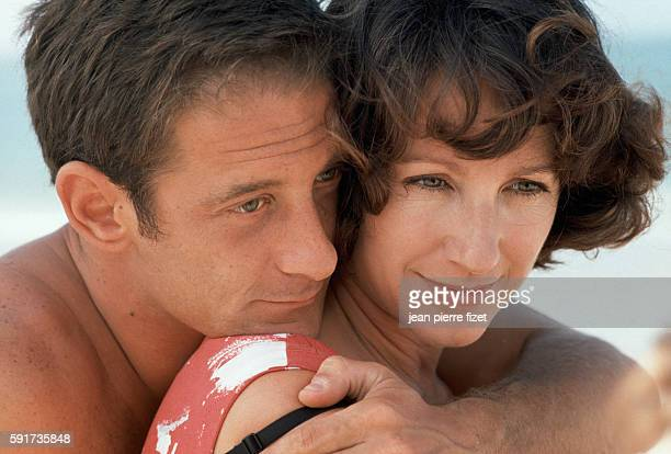 Vincent Lindon and Nathalie Baye on the set of the 1990 French movie La BaulelesPins directed by Diane Kurys