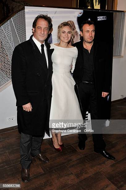 Vincent Lindon Diane Kruger and Fred Cavaye attend the premiere of Pour Elle in Paris