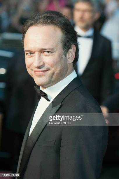 Vincent Perez attends the 'Based On A True Story' screening during the 70th annual Cannes Film Festival at Palais des Festivals on May 27 2017 in...