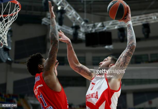 Vincent Poirier #17 of Baskonia Vitoria Gasteiz competes with Will Clyburn #21 of CSKA Moscow in action during the 2017/2018 Turkish Airlines...