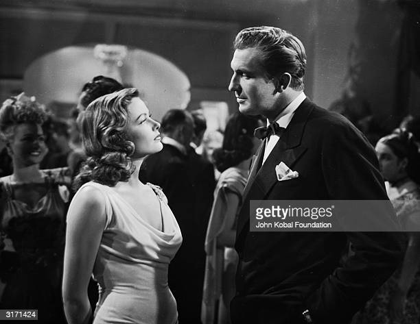 Vincent Price and Gene Tierney in the roles of Shelby Carpenter and Laura respectively, in a scene from the 20th Century Fox film noir, 'Laura',...
