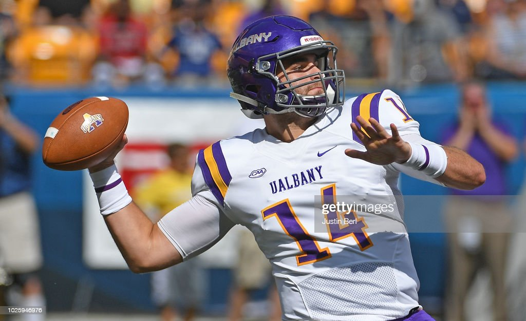 sneakers for cheap f29a2 17c6d Vincent Testaverde of the Albany Great Danes drops back to ...