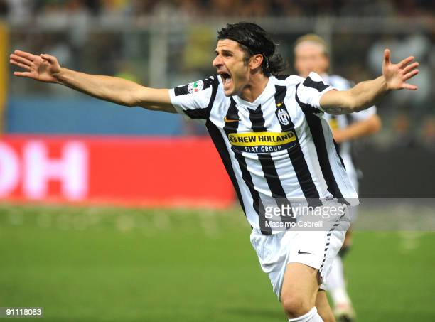 Vincenzo Iaquinta of Juventus FC celebrates scoring his team's first goal during the Serie A match between Genoa CFC and SSC Juventus FC at Stadio...