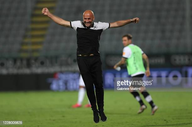 Vincenzo Italiano of ASC Spezia celebrates the victory after the Serie B Playoffs match between ASC Spezia and Chievo Verona at Stadio Alberto Picco...