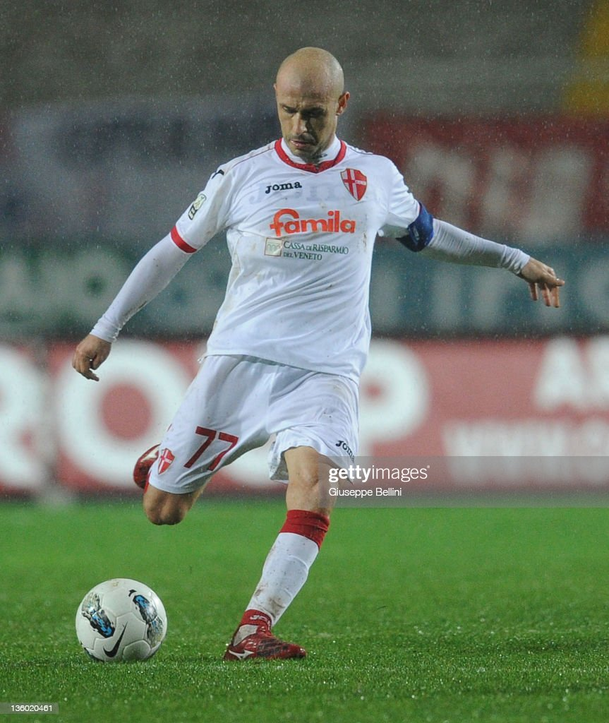 Vincenzo Italiano of Padova in action during the Serie B match ...