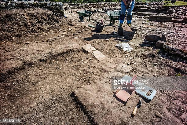 vindolanda archaeology excavation - archaeology stock pictures, royalty-free photos & images