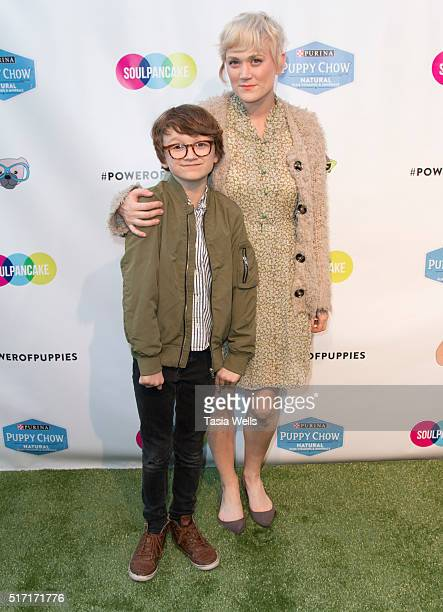 Vine and YouTube stars Elliott Smith and mother Harmony Smith attend SoulPancake's Puppypalooza Party at SoulPancakes Headquarters on March 23 2016...