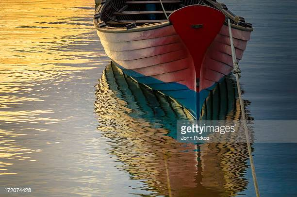 vineyard haven wooden boat - marthas vineyard stock pictures, royalty-free photos & images