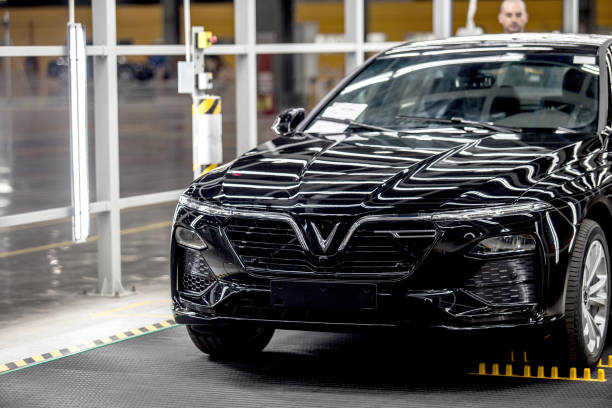 VNM: Vingroup's $17,000 Hatchback Rolls Out In Vietnam to Take On Ford, Toyota