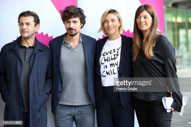 Vinicio Marchioni Daniele Silvestri Anna Foglietta and Fabia Bettini attend the Alice Nella Città Photocall at the Maxxi Museum on October 1 2018 in...