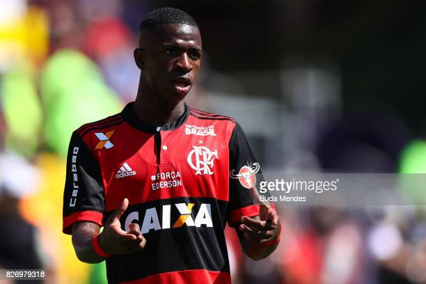 Vinicius Jr of Flamengo gestures with of Vitoria during a match between Flamengo and Vitoria as part of Brasileirao Series A 2017 at Ilha do Urubu...