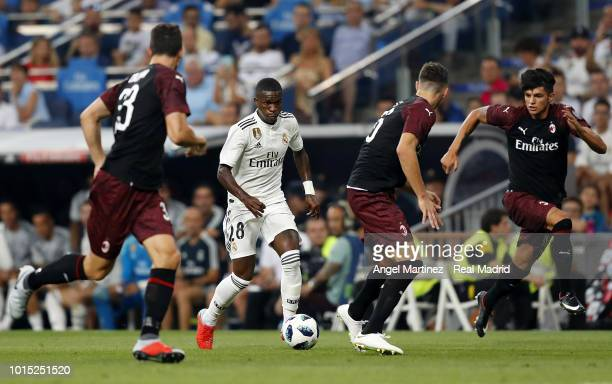 Vinicius Jr of Real Madrid in action during the Trofeo Santiago Bernabeu match between Real Madrid and AC Milan at Estadio Santiago Bernabeu on...