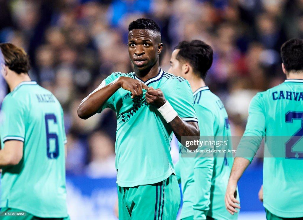 Real Zaragoza v Real Madrid - Copa del Rey: Round of 16 : News Photo