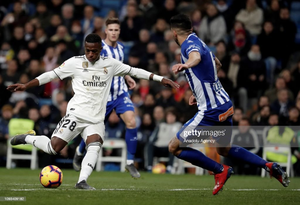 Real Madrid v Deportivo Alaves: La Liga : News Photo