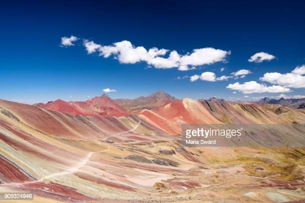 vinicunca rainbow mountains, cusco region, peru - peru stock-fotos und bilder
