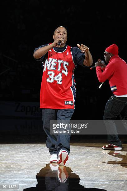 Vinnie Brown of Naughty by Nature performs during half-time of the New Jersey Nets against the Cleveland Cavaliers game on March 3, 2010 at the IZOD...