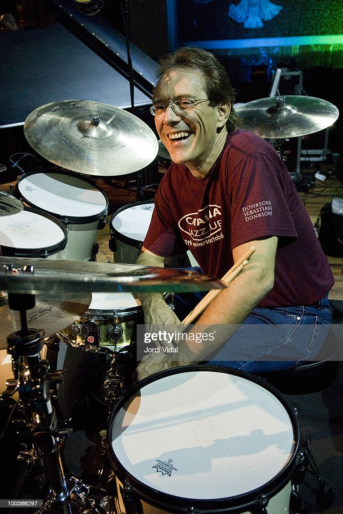 Vinnie Colaiuta plays on stage at Palau de la Musica on November 23, 2006 in Barcelona, Spain.